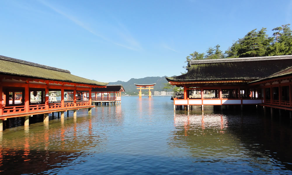 Itsukushima-jinja  Hours/Admission, inspection and time.