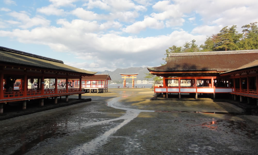 Itsukushima shrine visit and route